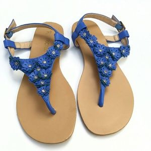 Restricted floral thong sandals Size 7.5